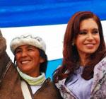 Milagro Sala junto a la también procesada ex presidente argentina Cristina Fernández de Kirchner.