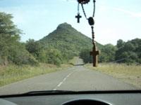 Cerro Teta, ubicado en la ruta 5 a la altura de el quebracho, antes de llegar a embalse, por el sur.